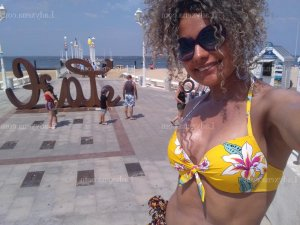 Zya massage tantrique escorte girl