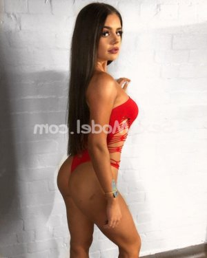 Brunella massage sexe